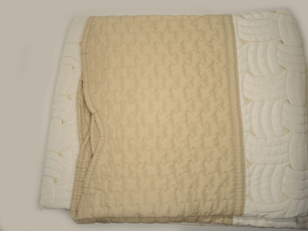 Покрывало с наволочками Lux Cotton Марсель 240x240,50x70 3160 руб.
